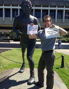 Statue honouring Terry at Simon Fraser University